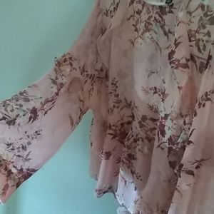 Bell sleeved coral floral top